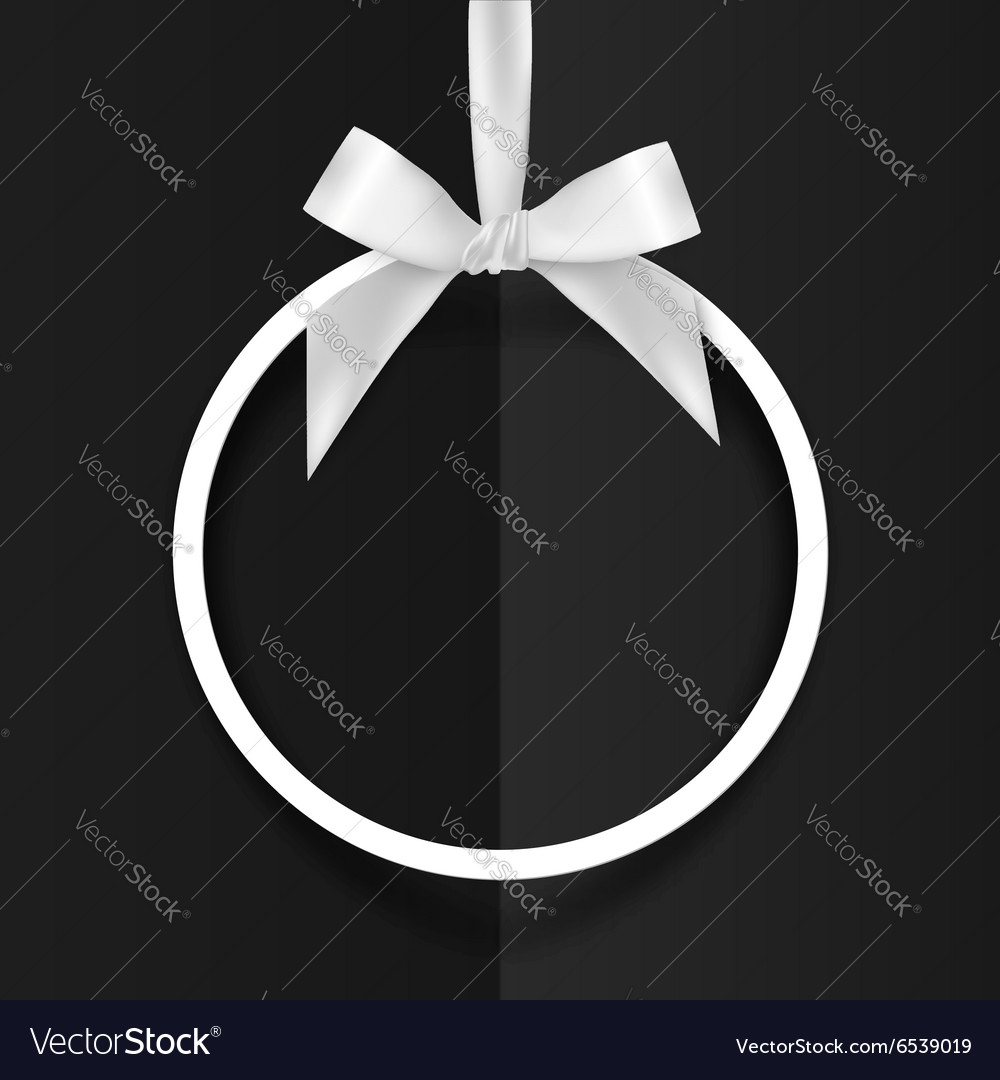 White holiday round frame with bow and silky