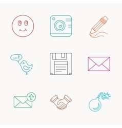 Photo camera pencil and handshake icons vector image