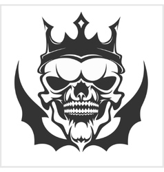 King skull wearing crown vector image