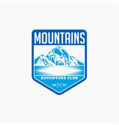 Mountains logo-badge-1 vector