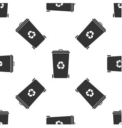 recycle bin with recycle symbol icon isolated vector image