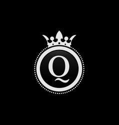 letter q vector image