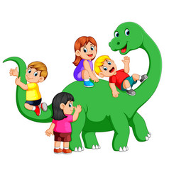 Children playing on the apatosaurus body vector