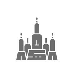 towers wat arun temple of dawn ayutthaya city vector image