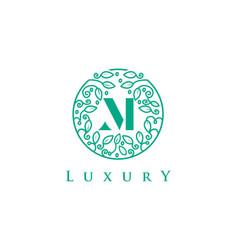 M letter logo luxurybeauty cosmetics logo vector