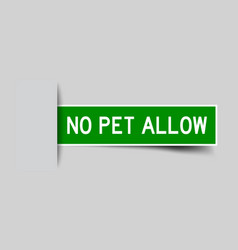 Label sticker green color in word no pet allow vector