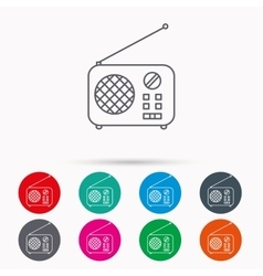 Radio icon Retro musical receiver sign vector image