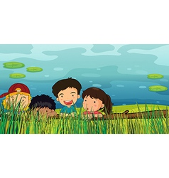 Children peeking vector image