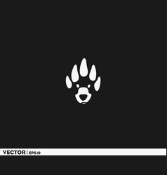 bear head footprint vector image