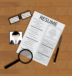 write resume on table vector image