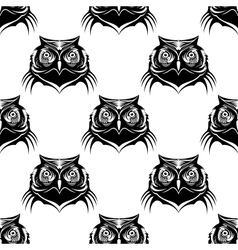 Seamless pattern of an owl head vector