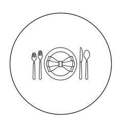 Restaurant table outlineting icon in outline style vector