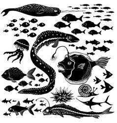 Set handdrawn underwater wildlife vector
