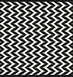 Seamless pattern vertical curly zig zag lines vector