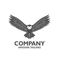 owl fly logo vector image