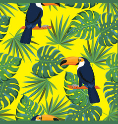 seamless texture tropical pattern with toucan vector image