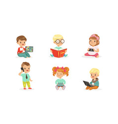 Toddlers use gadgets on a vector