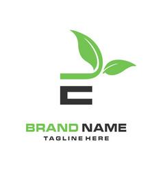initial logo e natural vector image
