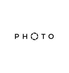 photo letter mark shutter camera logo icon vector image