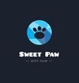 cute paw polygonal logo Pet shop sign vector image
